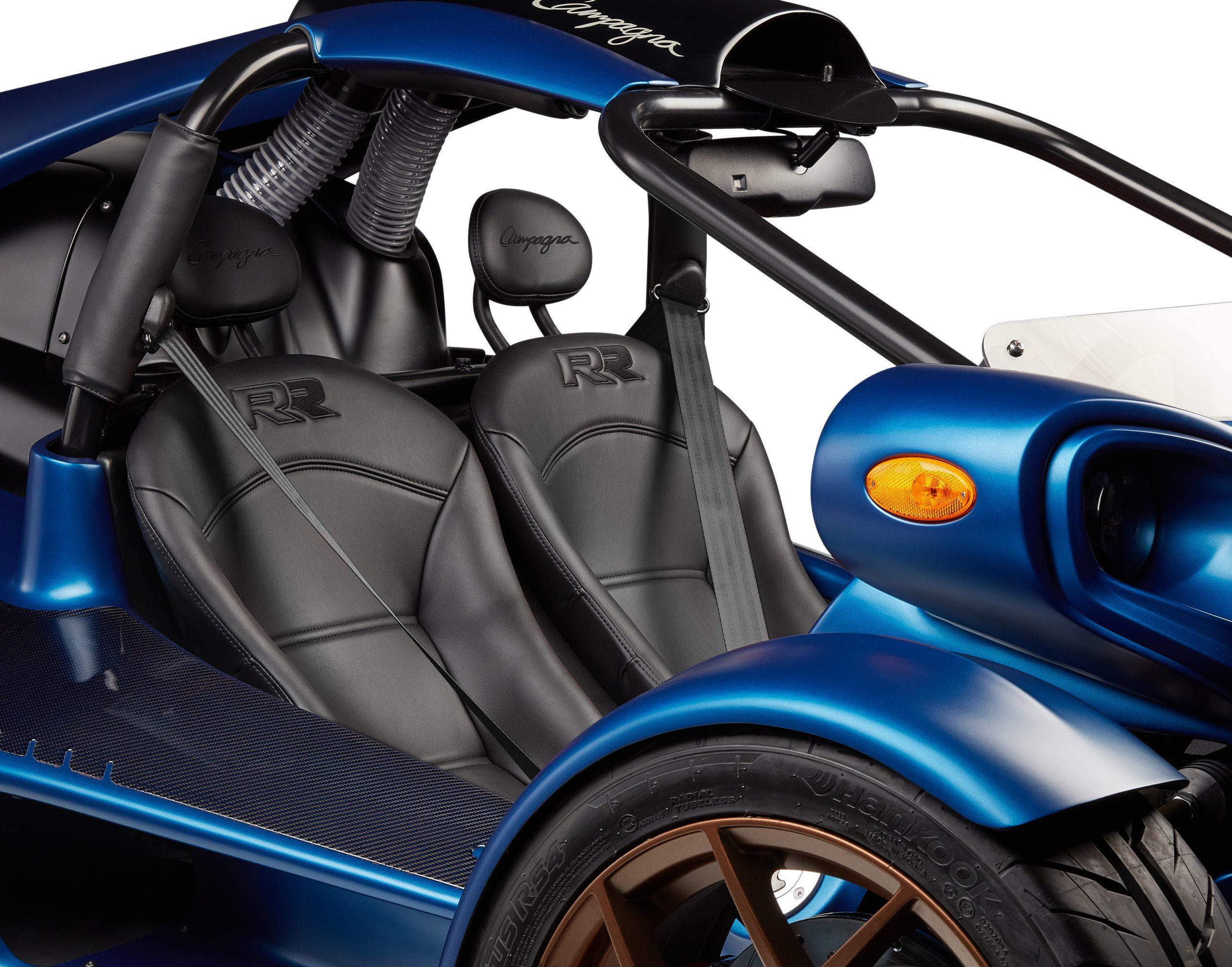 T-REX-RR-2022-BLACK-seats-BLACK-belt